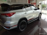 Toyota: Ready NEW FORTUNER 4x2 2.4 VRZ A/T DSL TRD Cash/Credit Free Antikarat (IMG_20200309_131849_compress59.jpg)