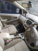 Toyota kijang innova 2015 (6.jpg)