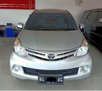 Bismillah di jual: Toyota Avanza EAT THN 2014