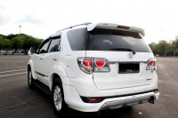 Toyota: FORTUNER G DIESEL A/T PUTIH 2012 (IMG_4396.JPG)