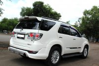 Toyota: FORTUNER G DIESEL A/T PUTIH 2012 (IMG_8465.JPG)