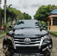 Bismillah, di jual: Toyota Fortuner vrz 4×4 THN 2019