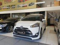 Jual Toyota sienta 1.5L Q tahun 2016