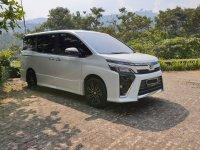 Djual Toyota Voxy 2018
