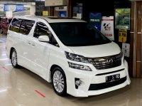 Toyota Vellfire ZG premium sound 2014 tangan pertama (WhatsApp Image 2020-07-29 at 10.55.10 (1).jpeg)