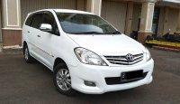 Toyota Kijang Innova V 2.0 AT 2011 Putih