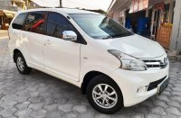 Jual Toyota Avanza G AT 2012 Putih DP minim