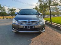 Kredit murah Toyota Innova G matic 2012 new look!!