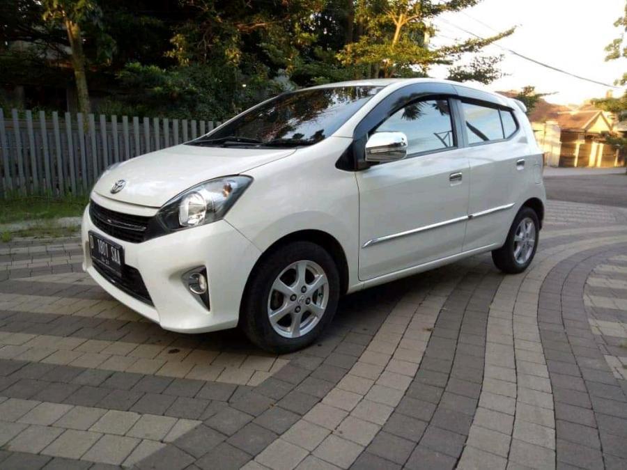 Kredit murah Toyota Agya G matic 2016 new like ...