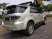 Toyota Fortuner 2.7 G Lux AT Bensin 2006,Gagah Dengan Biaya Hemat (WhatsApp Image 2020-09-21 at 13.48.22.jpeg)