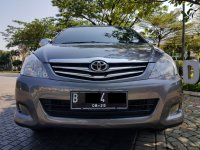 Toyota Kijang Innova 2.0 V AT Bensin 2010,Legenda Sesungguhnya