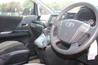Toyota: ALPHARD GS AT PUTIH 2013 - GOOD CONDITION (WhatsApp Image 2020-12-01 at 18.36.31.jpeg)