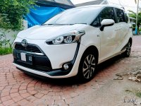 Toyota: UMT 39Jt Sienta V 2016 Low Km Mulus Super Istimewa