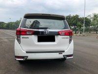 Toyota: INNOVA VENTURER MANUAL DIESEL PUTIH 2017 (WhatsApp Image 2021-01-12 at 12.23.03.jpeg)