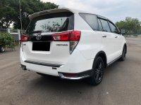 Toyota: INNOVA VENTURER MANUAL DIESEL PUTIH 2017 (WhatsApp Image 2021-01-12 at 12.23.03 (1).jpeg)