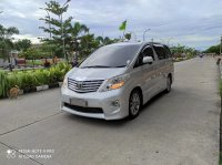 Toyota Alphard G A/T 2010 Full options package (72b9edc7-e9c2-46d3-b99e-ec9f407d5f3a.jpg)