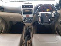 Toyota New Avanza G 1.300 cc Manual Airbag Tahun 2012 warna hitam (ta7.jpeg)