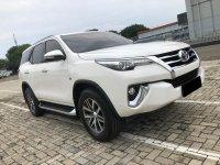 Toyota: FORTUNER SRZ AT BENSIN PUTIH 2016