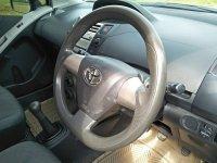 Toyota: Dp 12jt Yaris E manual 2012 (IMG-20210311-WA0097.jpg)