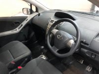 Toyota: YARIS E AT SILVER 2012 (WhatsApp Image 2021-03-10 at 14.35.02.jpeg)
