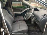 Toyota Yaris E 1.5 cc Automatic Th' 2011 (11.jpg)