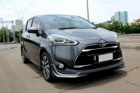 Jual Toyota: SIENTA Q  AT 2018 GREY