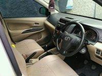 Jual Toyota Avanza E MT 2013 Silver