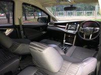 Toyota: INNOVA V AT BENSIN HITAM 2018 (WhatsApp Image 2021-04-02 at 09.22.07.jpeg)