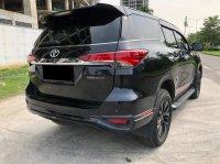 Toyota Camry: FORTUNER VRZ TRD AT HITAM 2019 (WhatsApp Image 2021-05-05 at 13.53.48.jpeg)