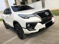 Toyota: FORTUNER VRX TRD AT PUTIH 2020 (WhatsApp Image 2021-05-05 at 14.43.28.jpeg)