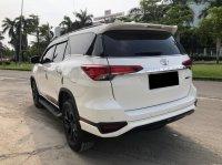 Toyota: FORTUNER VRX TRD AT PUTIH 2020 (WhatsApp Image 2021-05-05 at 14.43.30.jpeg)