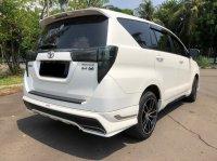 Toyota Kijang: INNOVA V AT DIESEL PUTIH 2020 (WhatsApp Image 2021-04-25 at 10.47.31 (1).jpeg)