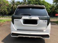 Toyota Kijang: INNOVA V AT DIESEL PUTIH 2020 (WhatsApp Image 2021-04-25 at 10.47.32 (1).jpeg)
