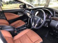 Toyota Kijang: INNOVA V AT DIESEL PUTIH 2020 (WhatsApp Image 2021-04-25 at 10.47.34 (1).jpeg)