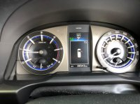 Toyota Kijang: INNOVA V AT DIESEL PUTIH 2020 (WhatsApp Image 2021-04-25 at 10.47.35.jpeg)