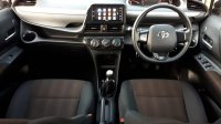 Toyota Sienta G Manual 2017 Putih (10.jpg)