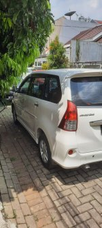 Toyota Avanza Veloz 2013 AT Istimewa (10.jpg)