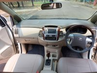 Toyota kijang innova V Luxury  A / T bensin 2012 (20210818_114106.jpg)