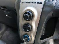 Toyota Yaris E AT Matic 2011 (Yaris E AT 2011 B1714WFL (8).JPG)
