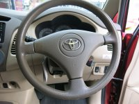 Toyota Kijang Innova G Bensin MT Manual 2004 (Toyota Kijang Innova G Bensin MT 2004 W1325VZ (6).JPG)