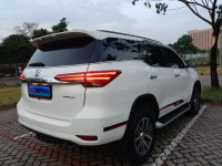 Toyota Fortuner VRZ AT Diesel 2017 Putih (50f901fd-8086-4ed5-bed2-9353a6d01f88.jpg)