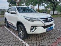 Toyota Fortuner VRZ AT Diesel 2017 Putih (b61d3da5-1680-4f3f-b389-30d9d2041822.jpg)
