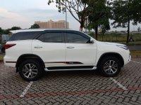 Toyota Fortuner VRZ AT Diesel 2017 Putih (b171f03a-1f33-4e60-9e8d-a478849eee0b.jpg)