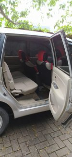 Toyota Avanza G MT 2011 Istimewa (4.jpg)