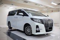 Jual 2015 Toyota Alphard SC 2.5 New Model Terawat seperti baru TDP 210jt