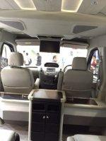 Toyota Hiace: Maxus V80 Van cocok untuk travel rental (image.jpeg)