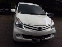 Jual Toyota: Mobil Avanza Matic Putih th 2012