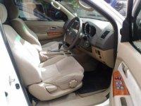 Toyota Fortuner Putih Matic 2.5G 2010 KM90Rb (P_20170327_145045_BF.jpg)