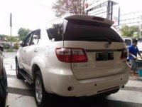 Toyota Fortuner Putih Matic 2.5G 2010 KM90Rb (P_20170327_144955_BF.jpg)