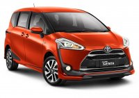 Jual Toyota Vienta: READY STOCK SIENTA G MANUAL SILVER METALIK CASH/CREDIT PROSES CEPAT
